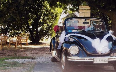 Come allestire l'auto degli sposi: 7 consigli per rendere tutto perfetto!